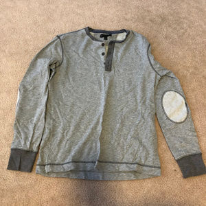 Men's grey long sleeve